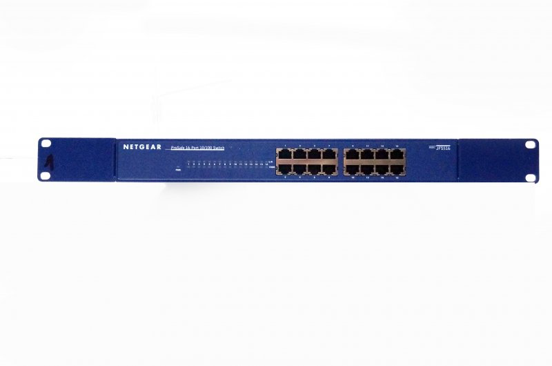 Netgear Prosafe 16 Port 10/100 Model JFS516